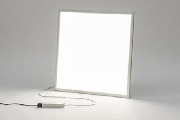 7 redenen waarom een goedkoop LED paneel duurkoop is